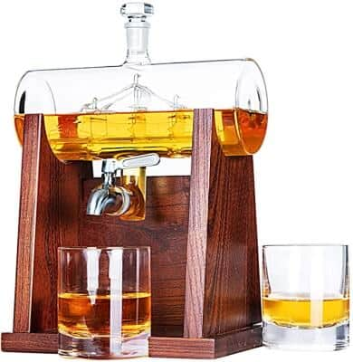 Whisky and wine decanter set